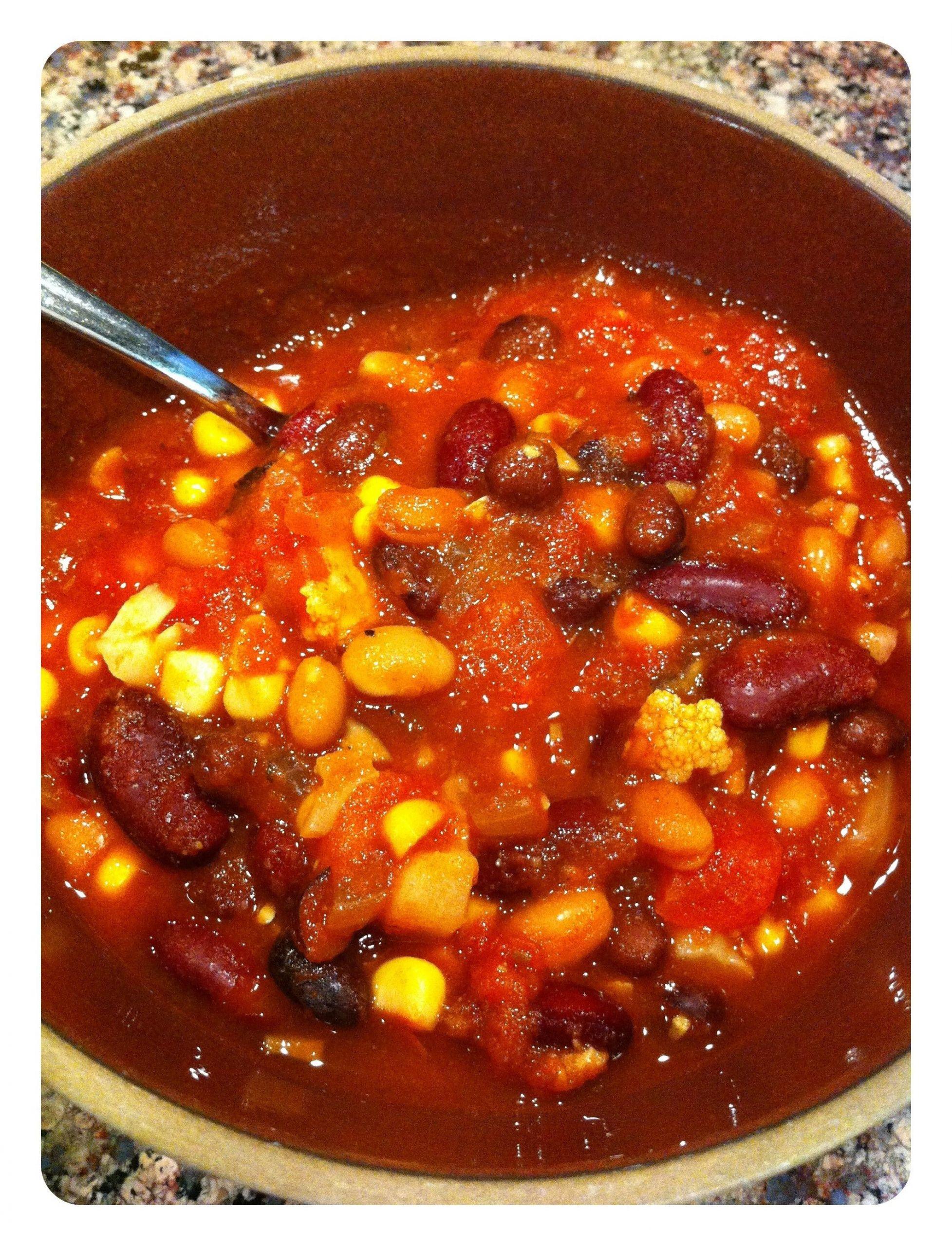 Crockpot Plant Based Recipes  Delicious and Easy Veggie Chili Recipe Crock Pot Unique