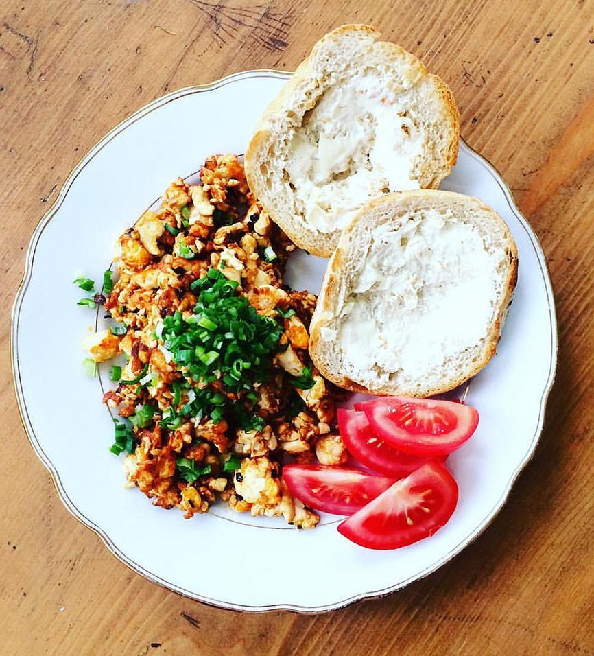 Quick Vegan Breakfast  World Vegan Day 2018 Quick super healthy vegan breakfast