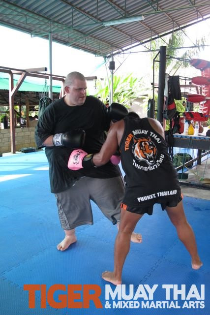 Thai Weight Loss Exercise  Fighting Thai bat Fitness Training TigerMuayThai