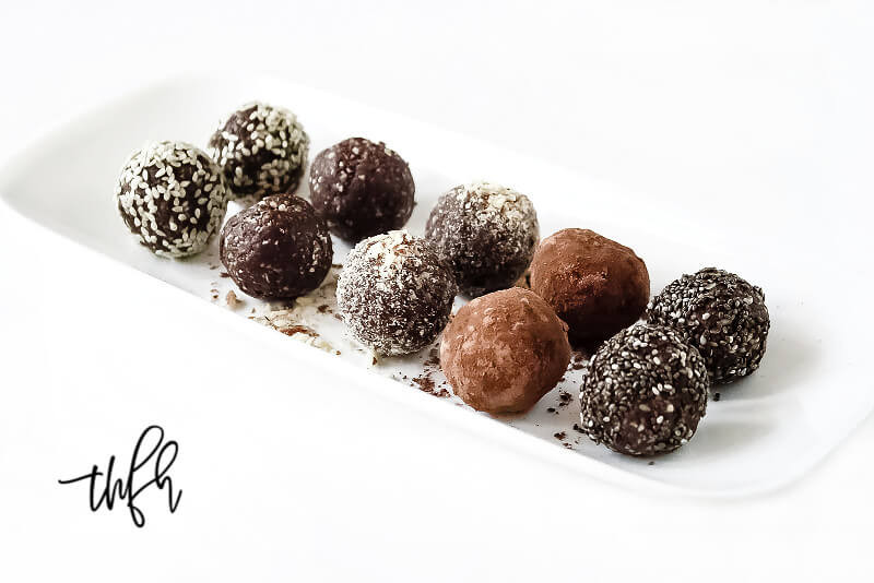 Vegan Protein Balls  Crunchy Raw Vegan Protein Balls